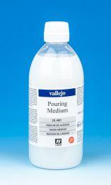 Vallejo Fluid Acrylic Pouring Medium 28.460